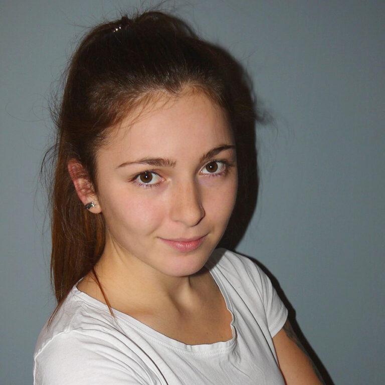 mgr fizjoterapii Angelika Winiarska