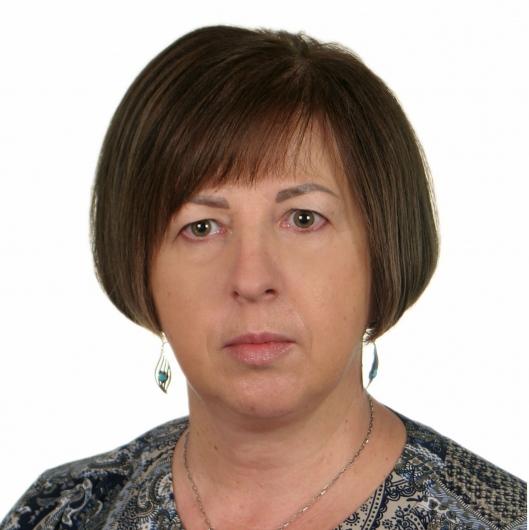 Dr Iwona Zair